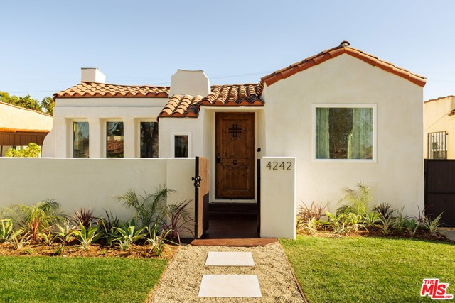 4242 7Th Ave, Los Angeles, CA 90008