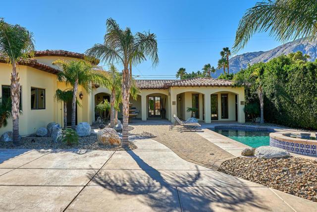 695 W Racquet Club Road, Palm Springs, CA 92262