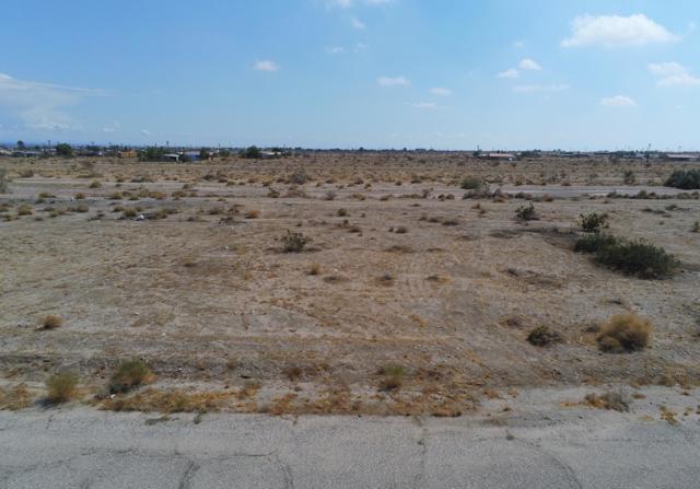 2570 Alpine Avenue, Salton City, CA 92275