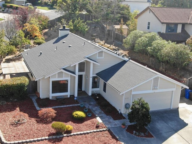 2751 Holiday Court, Pinole, CA 94564