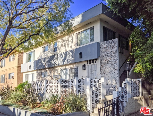 1047 North Stanley Avenue, also constructed in 1959, is a 7,854 square foot building on a 6,477 square foot WDR3C lot.  The property boasts a solid unit mix of eight one-bedroom/one-bathroom units and two two-bedroom/one-bathroom units.  Units offer tile and laminate flooring, gas stoves, forced heat, wall units for cooling, and select units have a balcony.  Several units have also been renovated with new kitchens and bathrooms, upgraded flooring, and recessed lights. This property is part of a portfolio sale with 924 N Stanley Avenue and 7631 Norton Avenue. Properties can be sold together or separately.
