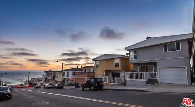 225 Rosecrans Avenue, Manhattan Beach, California 90266, ,For Sale,Rosecrans,21674856