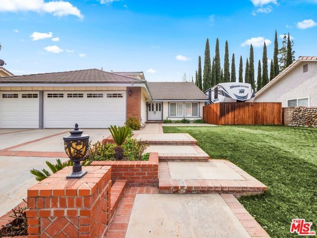 28924 DARGAN Street, Agoura Hills, CA 91301
