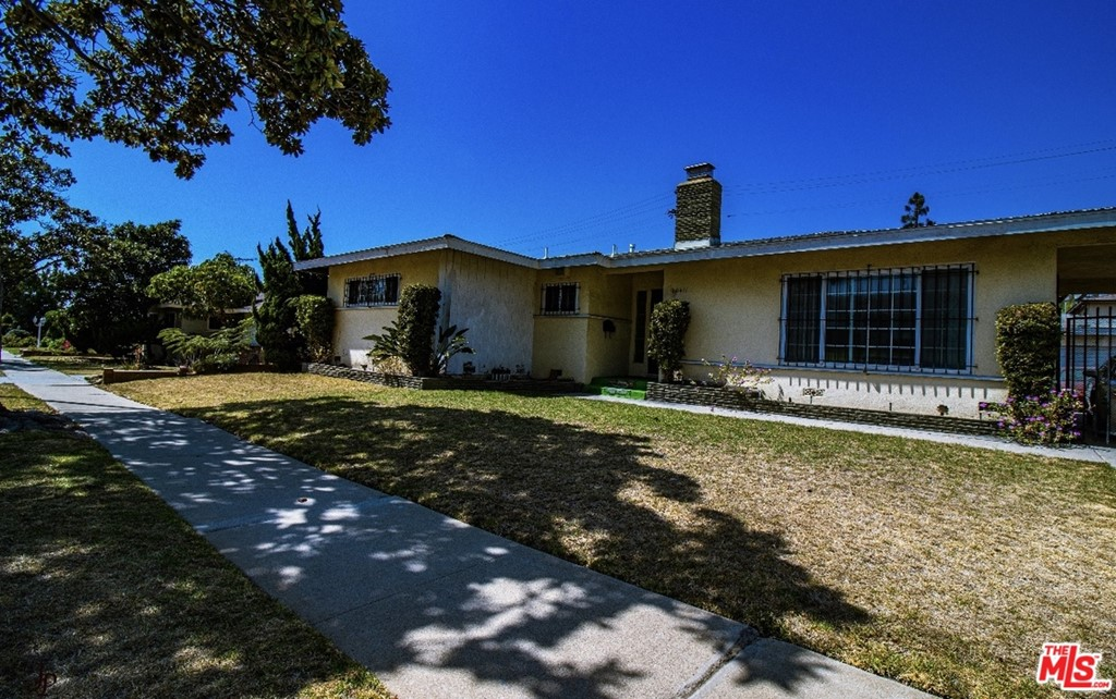 This spacious 3 bedroom, 3 baths, 1,622 sqft home is located in a well established neighborhood just minutes away from the best dining, shopping and entertainment that Inglewood has to offer. This property is centrally located for an easy commute to the 405, 110, and the 105 freeways. Not to mention the New SoFi Rams/Chargers Stadium & The Forum are right around the corner! It can't get much better than that! This property is equipped with fresh and new upgrades to the kitchen, dining room, and bathroom. The laundry area is conveniently located adjacent to the kitchen. Following your steps to the back side of the home, the backyard is perfect for entertainment and gatherings because of how large and open it is. There is also a 2-car detached garage with a long driveway that leads to a multipurpose shed! This is a great opportunity to make this home your own in LA's most up and coming area!