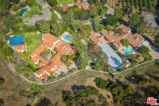 3201 Retreat Court, Malibu, CA 90265