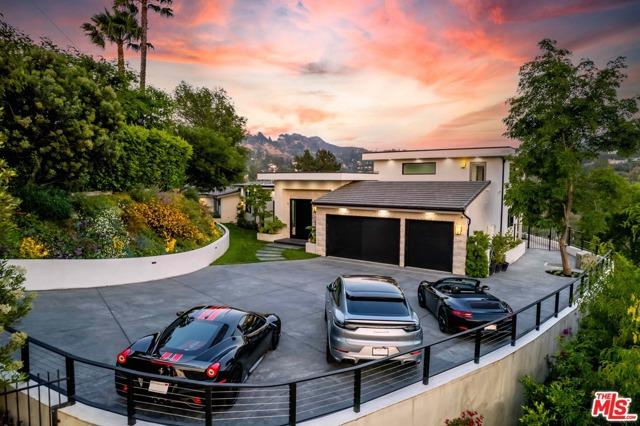 9. 11480 Amanda Drive Studio City, CA 91604