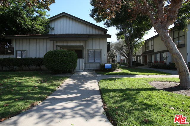 10038 KARMONT Avenue, South Gate, CA 90280