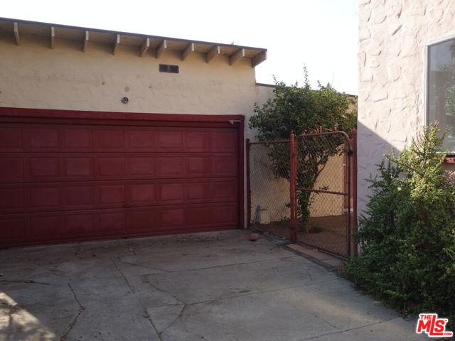 5709 Ensign Avenue, North Hollywood CA: https://media.crmls.org/mediaz/BEA8EBEA-4E69-4A79-B05B-EC653AA24437.jpg