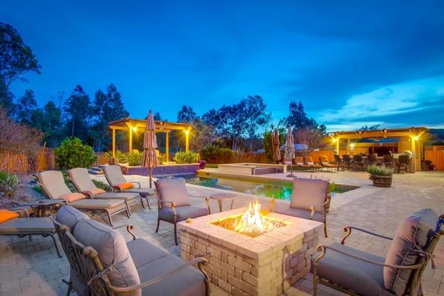 1082 Heritage Ranch Rd, Ramona, CA 92065