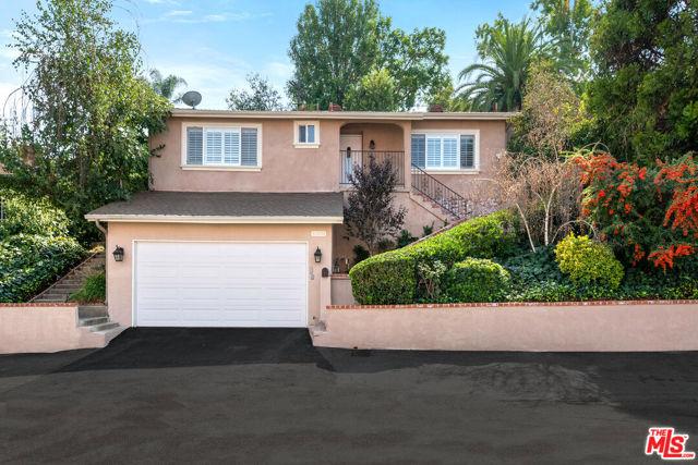 10838 Fruitland Drive, Studio City, CA 91604