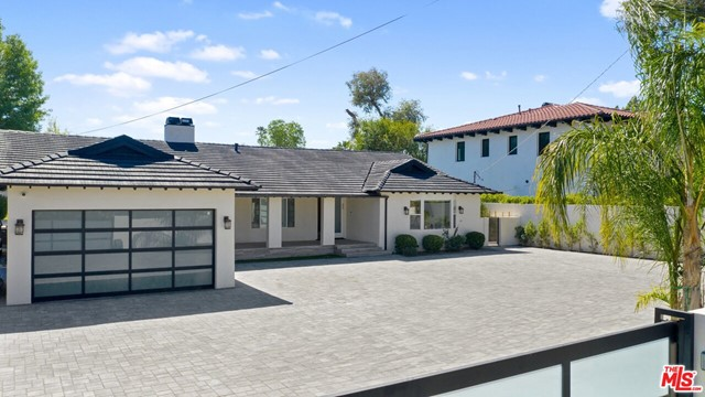Photo of 22914 Calvert Street, Woodland Hills, CA 91367