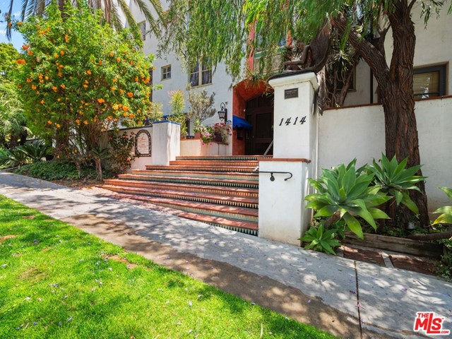 30. 1414 N Harper Avenue #16 West Hollywood, CA 90046