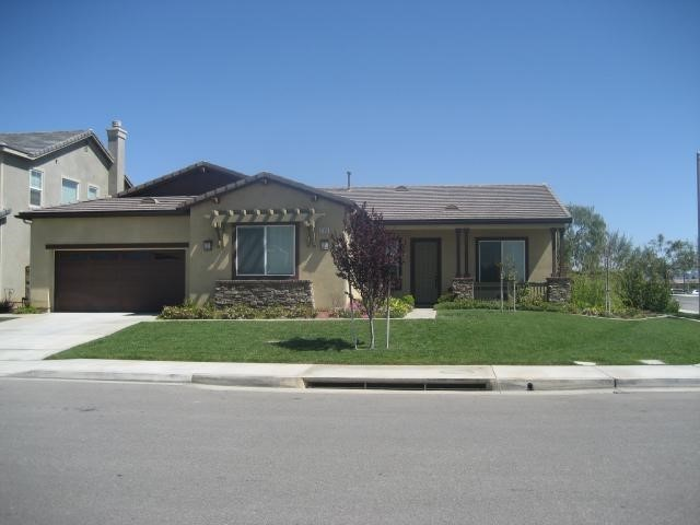 27392 Benton Pond Drive, Romoland, CA 92585 Photo 2