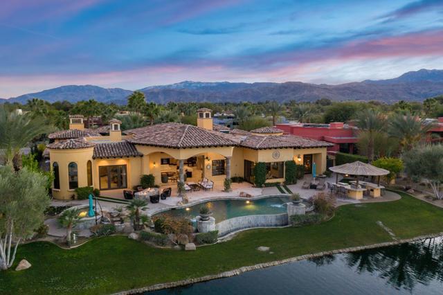 76 Royal St Georges Way, Rancho Mirage, CA 92270