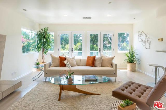 2554 Ardmore Avenue, Hermosa Beach, California 90254, 3 Bedrooms Bedrooms, ,3 BathroomsBathrooms,For Sale,Ardmore,21776488