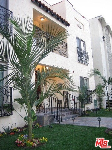248 S REEVES Drive, Beverly Hills, CA 90212