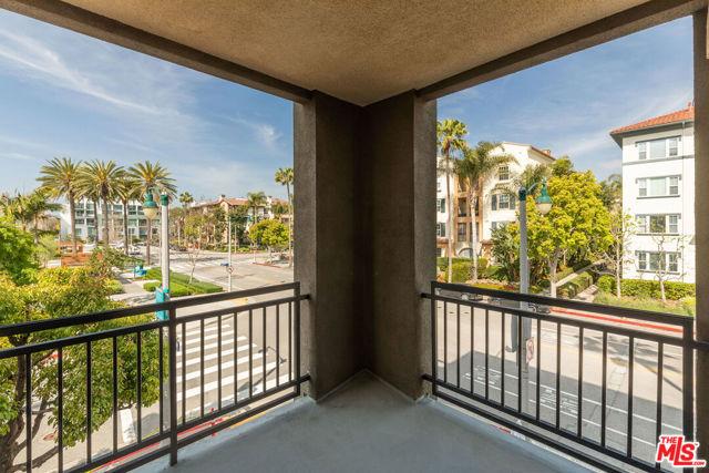 6020 Seabluff Dr, Playa Vista, CA 90094 Photo 5