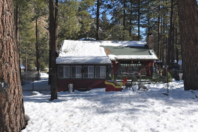 5871 Lone Pine Canyon Road, Wrightwood, CA 92397