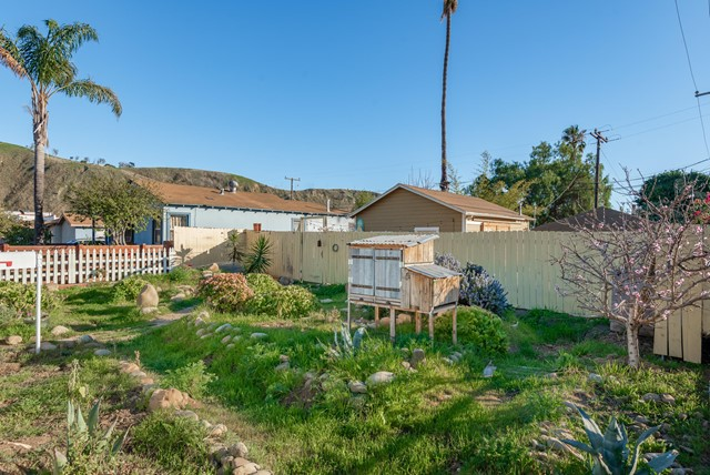 172 W Vince Street, Ventura, CA 93001