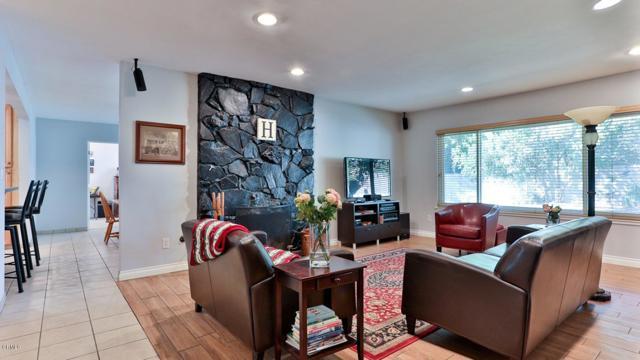 11427 Jeff Av, Lakeview Terrace, CA 91342 Photo 4