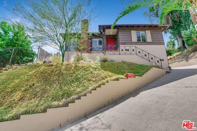 3. 4317 Zaca Place Los Angeles, CA 90065