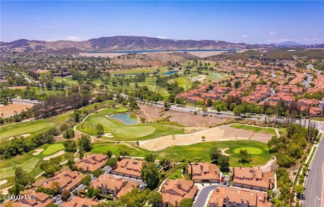 51. 461 Country Club Drive #111 Simi Valley, CA 93065