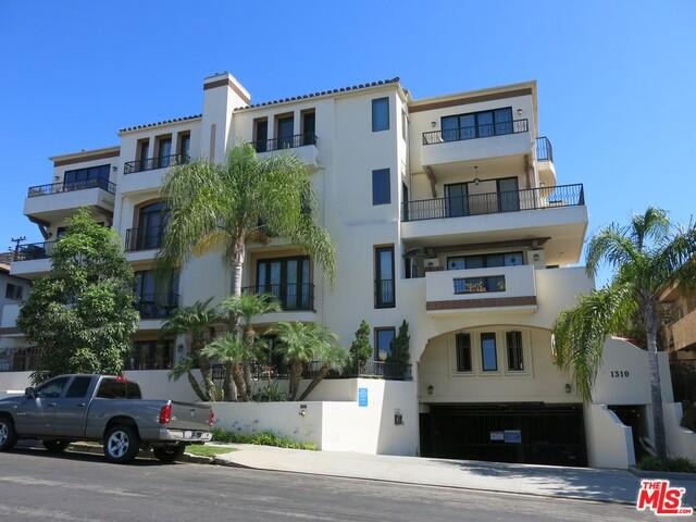 1310 ARMACOST Avenue 202, Los Angeles, CA 90025