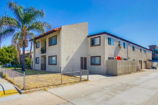 4423 52nd St, San Diego, CA 92115