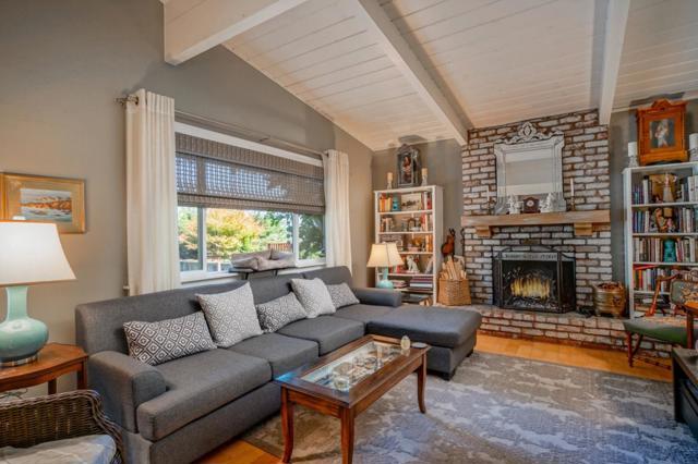 1025 Lincoln Avenue, Pacific Grove, CA 93950
