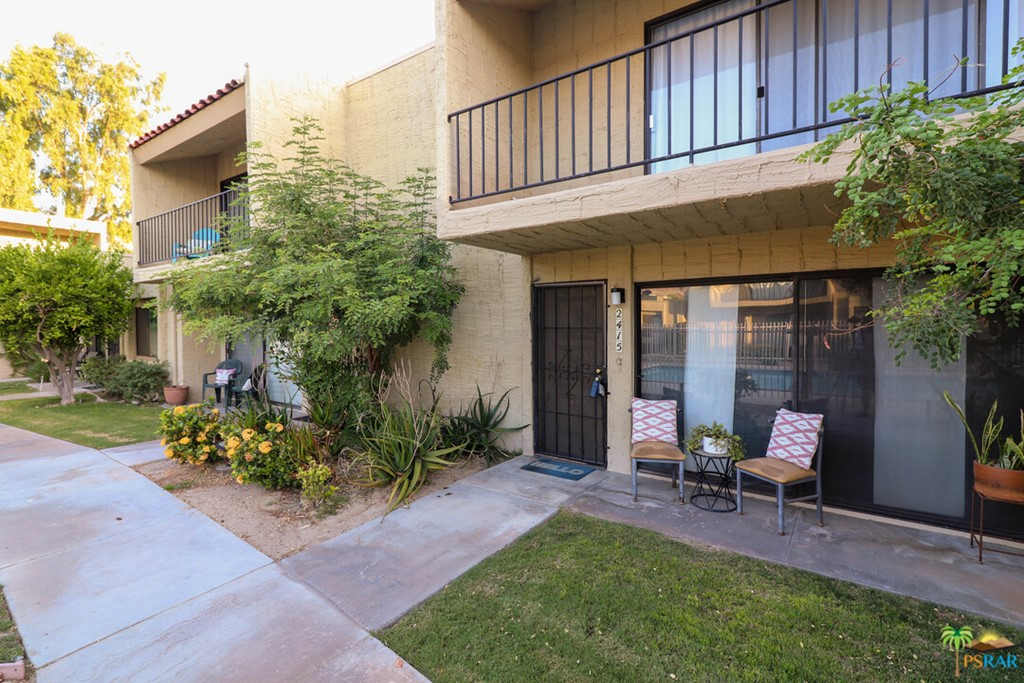 2415     Los Patos Drive, Palm Springs CA 92264