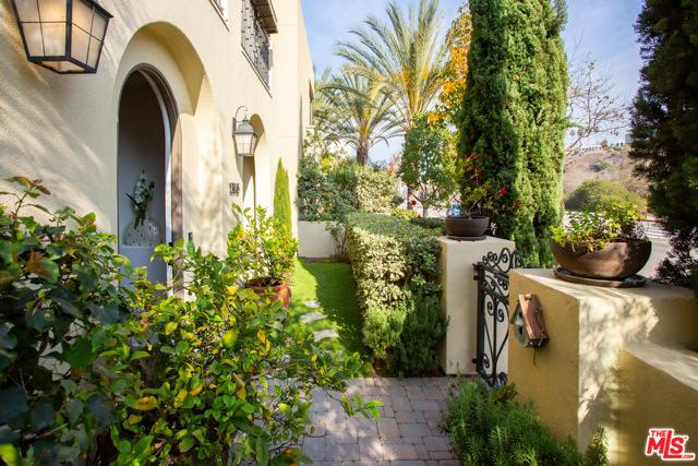 13045 Bluff Creek Dr, Playa Vista, CA 90094 Photo 31