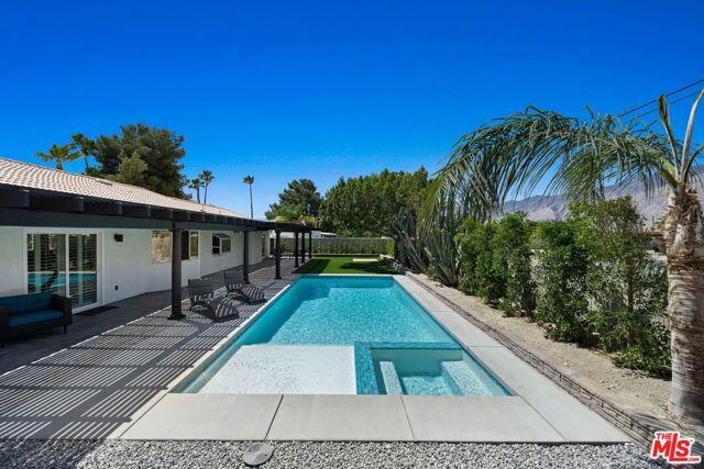 Image 14 of 1815 N Viminal Rd, Palm Springs, CA 92262