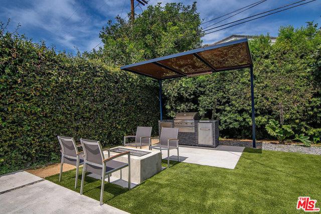 40. 4221 Greenbush Avenue Sherman Oaks, CA 91423