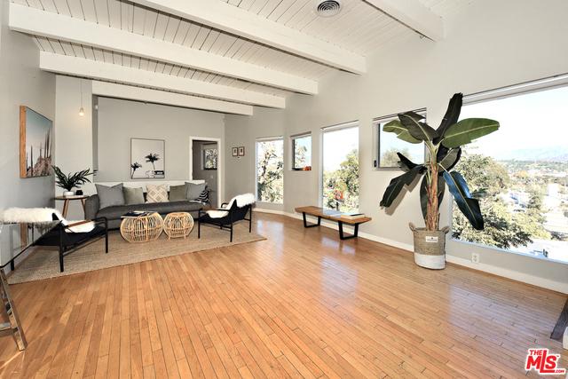 2620 ADELBERT Avenue, Los Angeles, CA 90039
