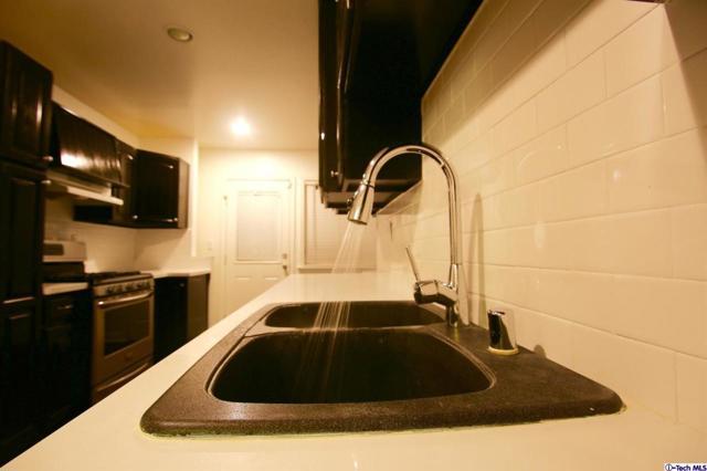 11377 Hela Av, Lakeview Terrace, CA 91342 Photo 13