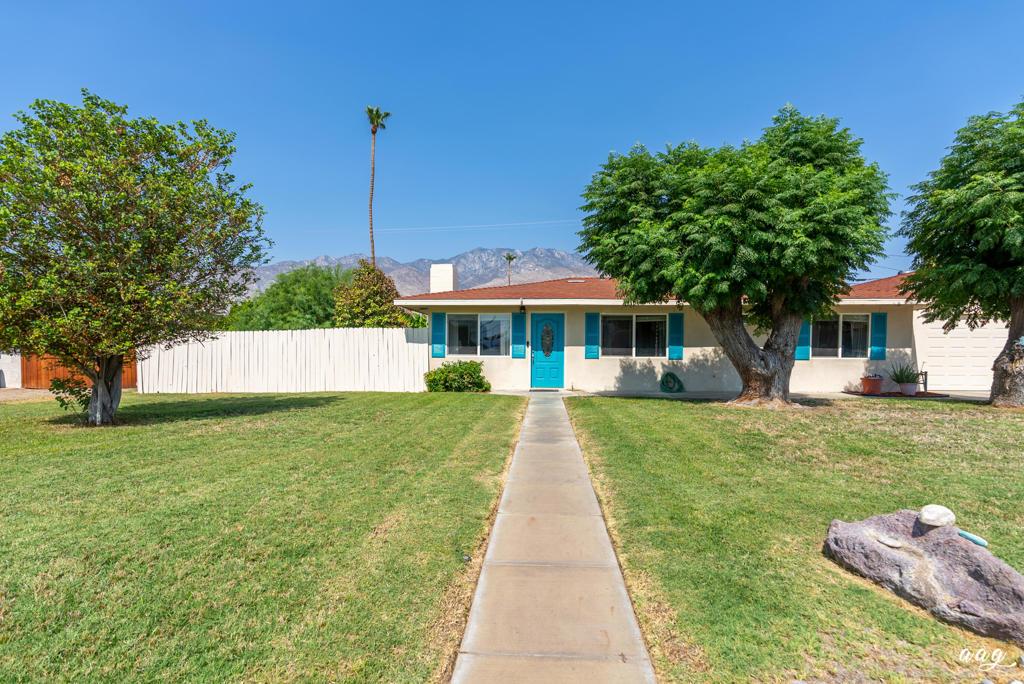 629     El Placer Road, Palm Springs CA 92264