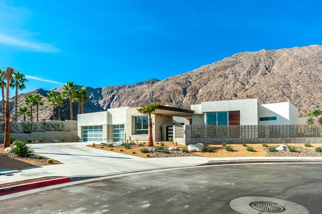 591 Athena Court, Palm Springs, CA 92264