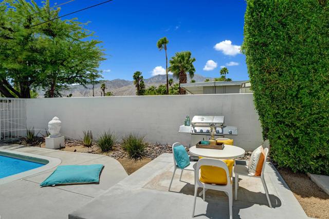 14. 3390 E Paseo Barbara Palm Springs, CA 92262
