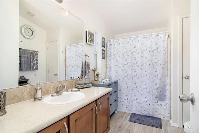 7495 Oakland Rd, La Mesa, CA 91942 Photo 7