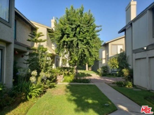 9615 SEPULVEDA Boulevard 6, North Hills, CA 91343