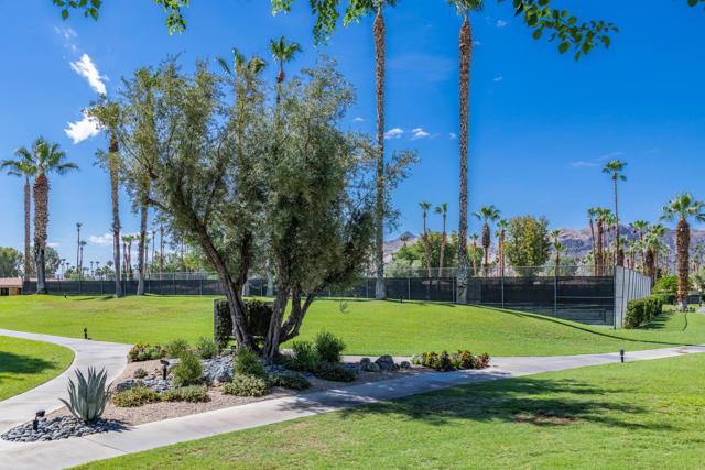 47. 2376 Oakcrest Drive Palm Springs, CA 92264