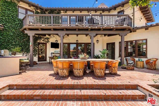 15. 453 Via Media Palos Verdes Estates, CA 90274