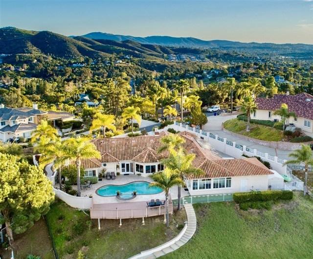 3064 Palm Hill Dr, Vista, CA 92084