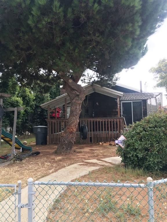 577 10Th St, Imperial Beach, CA 91932
