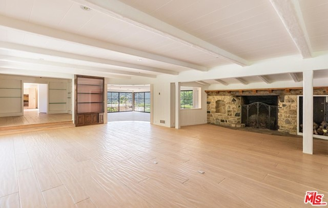 3100 MANDEVILLE CANYON Road, Los Angeles CA: https://media.crmls.org/mediaz/C42BE1B6-C548-459E-9F90-4EEC2E7AF1D3.jpg