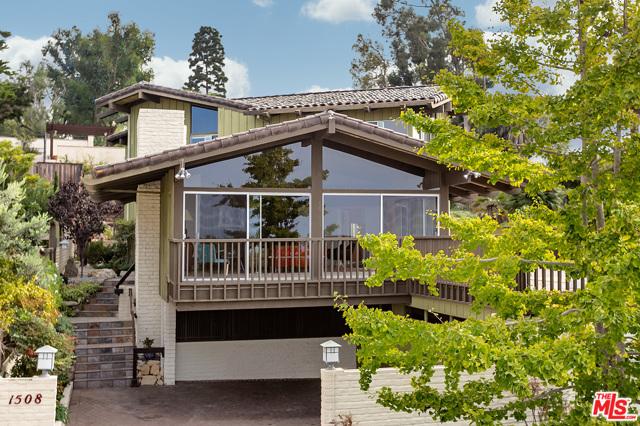 1508 Paseo Del Mar, Palos Verdes Estates, California 90274, 6 Bedrooms Bedrooms, ,3 BathroomsBathrooms,For Sale,Paseo Del Mar,20645426