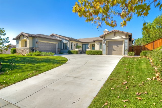 853 Hidden View Ln, Escondido, CA 92027