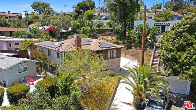 33. 4317 Zaca Place Los Angeles, CA 90065