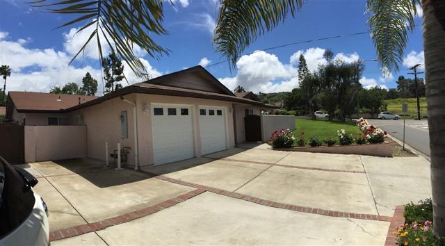 558 Smilax Rd, San Marcos, CA 92078