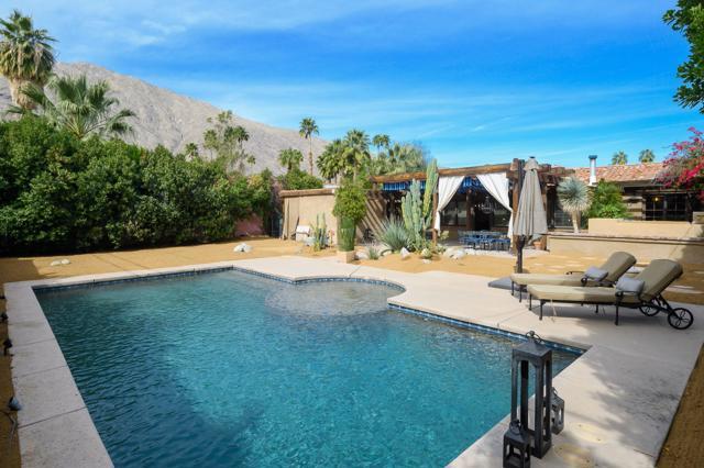 261 E Ocotillo Avenue, Palm Springs, CA 92264